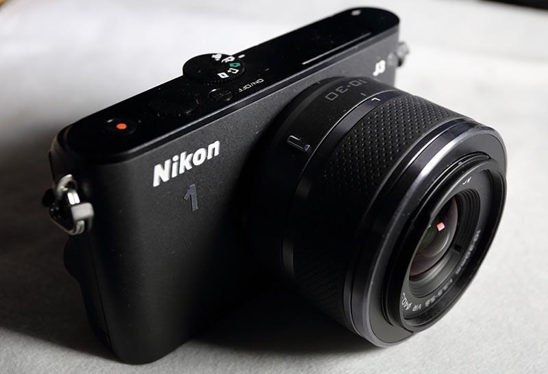 Nikon 1 J3 - Eine schöne und schnelle Kamera
