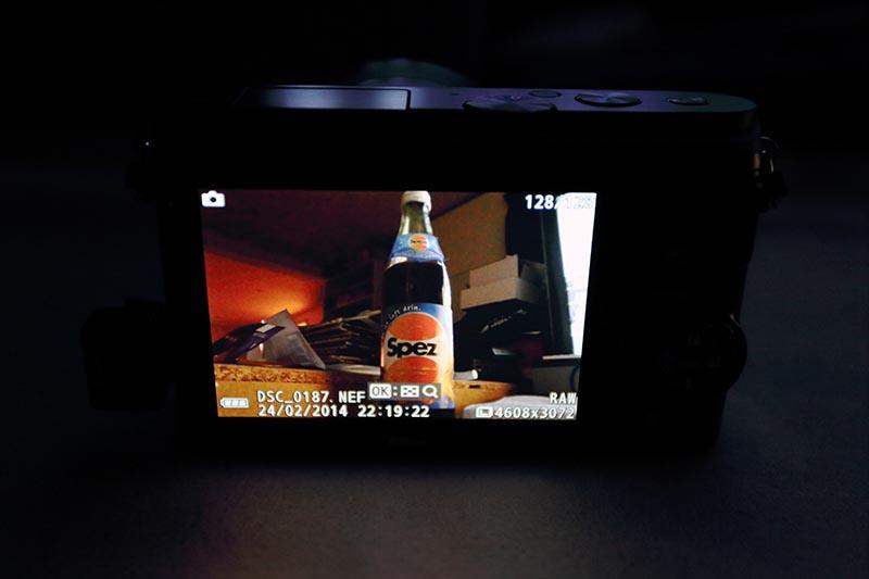 Nikon 1 J3 - schönes, helles Display (ohne touch)