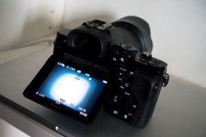 Sony A7R mit Klappdisplay